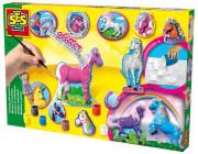 Odlévání a malování koní