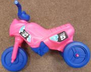 Odrážedlo Enduro menší růžové + modrá kola