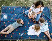 Hrací deka outdoorová 150 x 210 cm Midnight Poppy