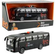 Autobus Leo express česky mluvící