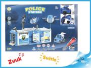 Policejní stanice s autem a letadlem na baterie se světlem a zvukem