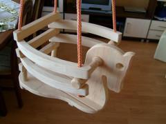 Houpačka dřevěná koník