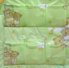 Kapsář Medvídek na mráčku zelená