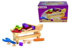 Dřevěný pracovní stolek