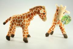 Plyšová žirafa