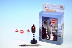 Semafor funkční+3 dopravní značky se světlem