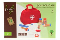 Doktorka kufřík dřevo