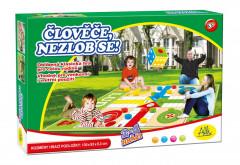 Albi - Člověče, nezlob se - venkovní hra