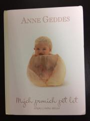 Kniha Mých Prvních Pět Let Anne Geddes - Kahu 2.JAKOST - ohnuté rohy