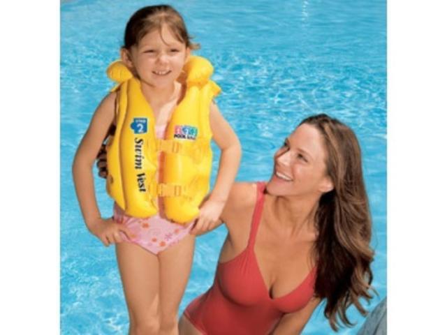 Nafukovací dětská vesta 3 - 6let Intex