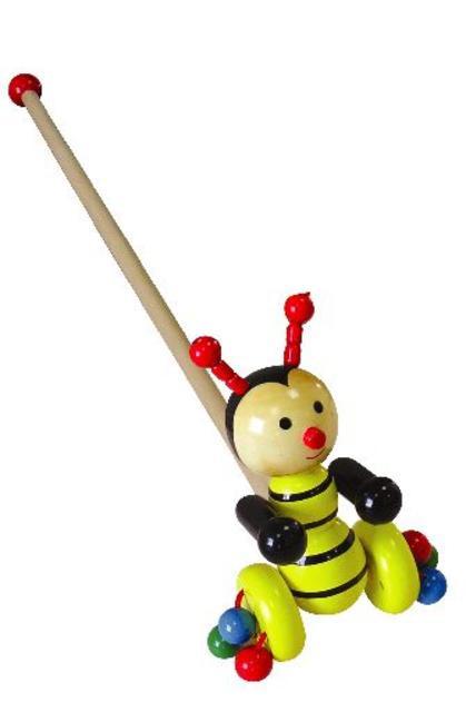 Včelka na tyči