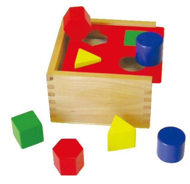 Dřevěná vkládačka tvary