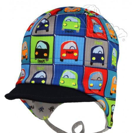 Podzimní čepice z funkčního materiálu zavazovací s kšiltem BAREVNÁ AUTÍČKA