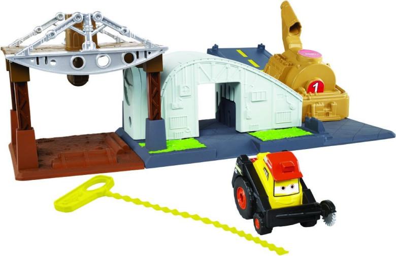Planes set s natahovacím lankem Mattel