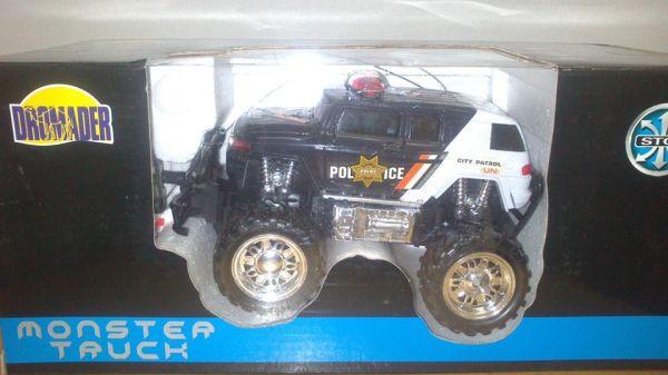 Monster Truck R/C - na dálkové ovládání POLICIE nezobra